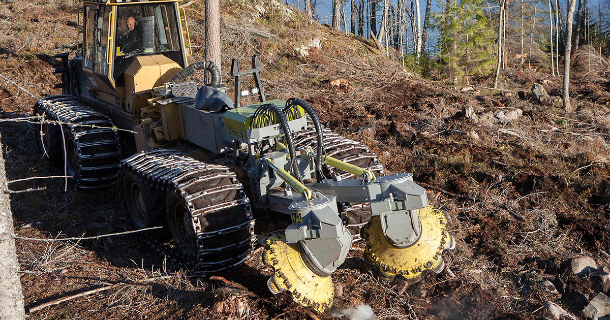 Bracke-Forest-Two-Row-Disc-Trencher-T28-a-05.jpg